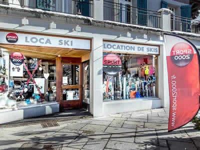 Ski hire shop LOCA SKI, Saint Gervais Les Bains in 191 avenue du Mont d'Arbois BP9