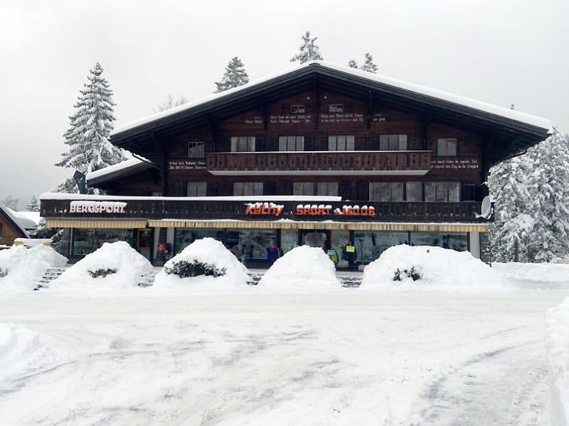 Verleihshop Käthy Sport + Mode, Äussere Dorfstrasse 31 in Kandersteg