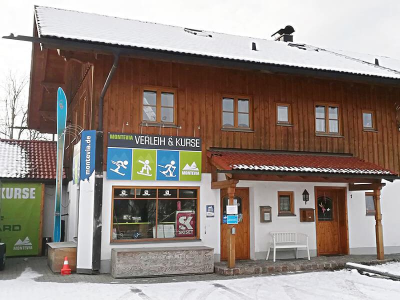 Verleihshop Montevia, Bergbahnstrasse 1 in Lenggries