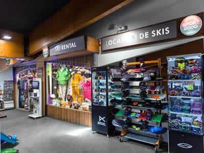 Verleihshop TOP SPORTS, Val Thorens in Centre Commercial de Caron