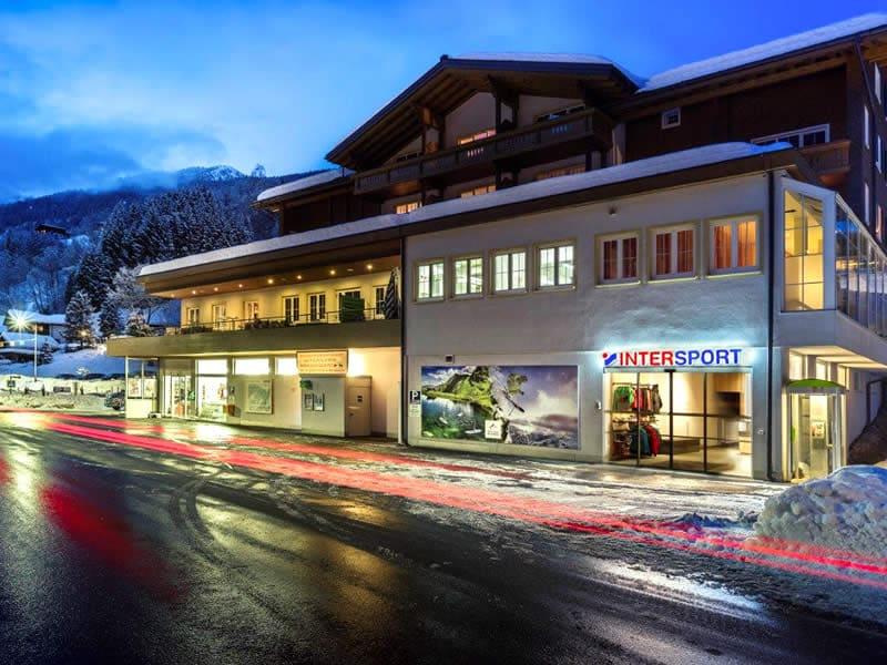 Verleihshop INTERSPORT - Silvretta Montafon, Dorfstrasse 11 in Silbertal