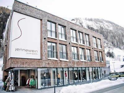 Verleihshop SPORT 2000 Jennewein, St. Anton am Arlberg in Dorfstrasse 2