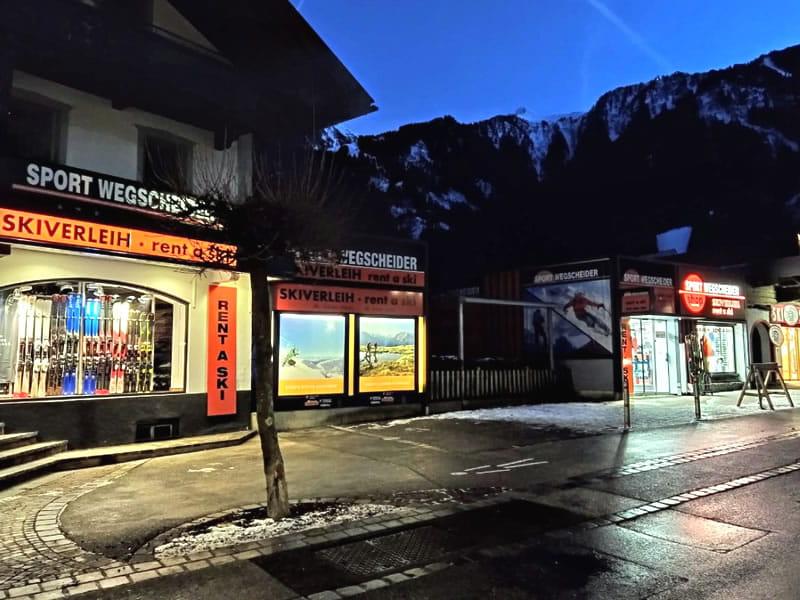 Verleihshop SPORT 2000 Wegscheider, Hauptstrasse 471a in Mayrhofen