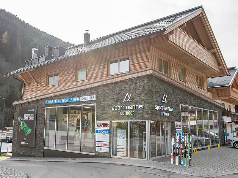 Verleihshop Sport Nenner Outdoor, HNr. 402 [gegenüber Talstation Eggalmbahn] in Lanersbach-Tux