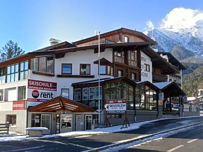 Verleihshop Skiverleih Hoch-Imst, Imst in Hochimst 11 (Parkplatz Talstation Imster Bergbahnen)
