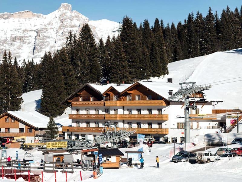 Verleihshop Ski Service da Nico, Hotel Laguscei - Passo Campolongo in Arabba