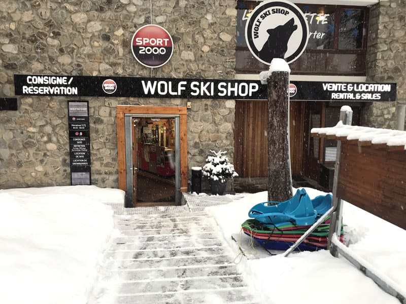Verleihshop WOLF SKI SHOP, Immeuble le Clos du Loup [Parking du Loup Blanc] in Pra Loup