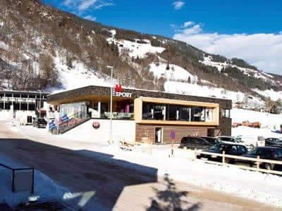 Verleihshop SPORT 2000 Herzog, Bramberg a. Wildkogel in Neben Talstation Smaragdbahn Wildkogel