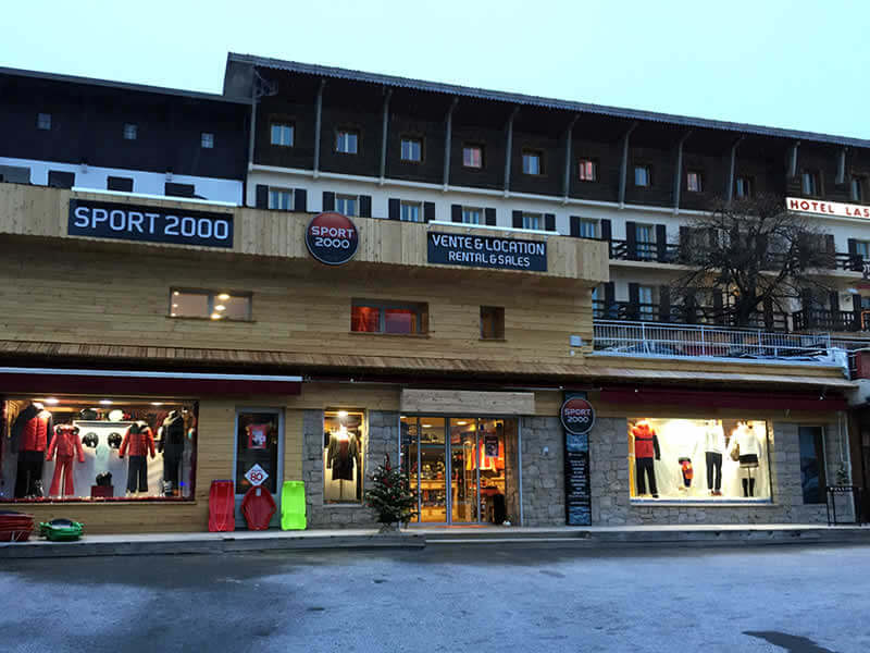 Verleihshop ADVENTMOUNT, Place du centre in Auron
