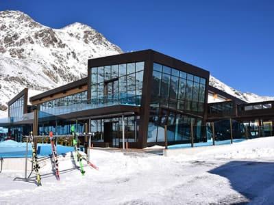 Verleihshop Sport-Shop, Sölden in Rettenbach Gletscher [Direkt beim Restaurant]