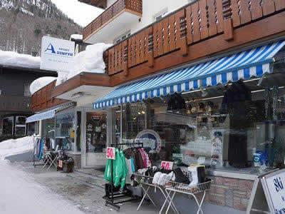 Verleihshop SPORT 2000 Azzurra Sport, Zermatt in Riedstrasse 10