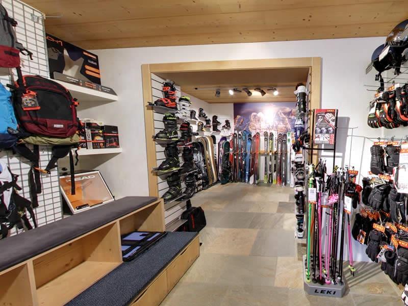Magasin de location de ski Snowline, Route de France 22 à Morgins