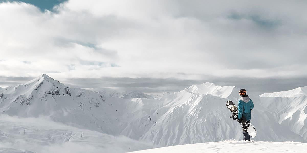 Flexibel im Wintersport - Ski, Snowboards, Funsportgeräte, ... mieten und den Urlaub geniessen.