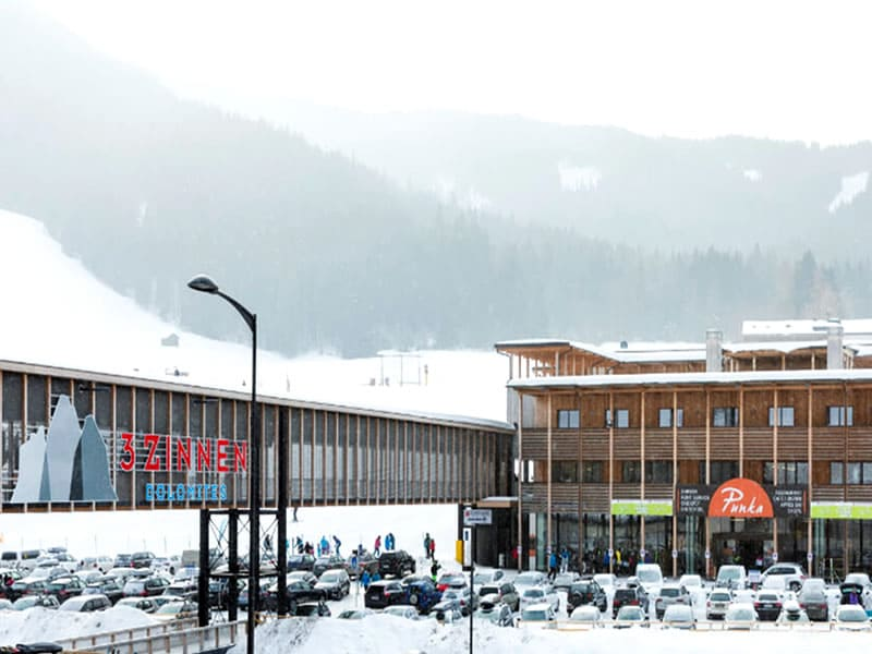 Verleihshop Rent & Go Drei Zinnen Ski & Bike, Talstation Kabinenbahn in Vierschach bei Innichen