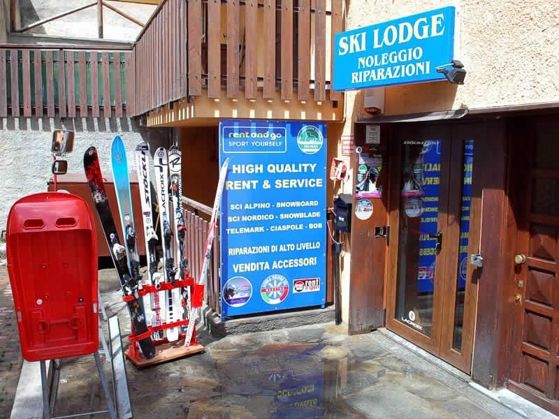 Verleihshop Ski Lodge - Noleggio e Riparazione, Via Nazionale, 16a in Claviere
