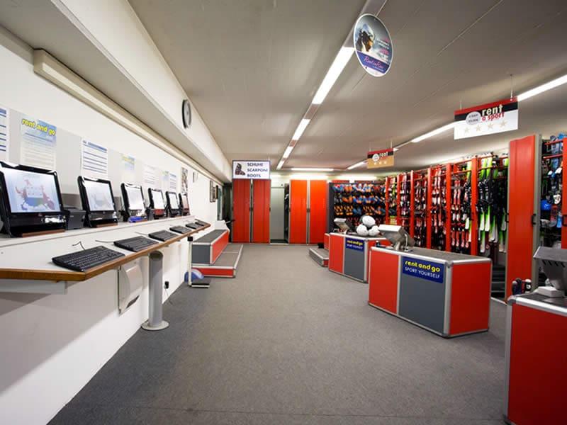 Verleihshop Sportservice Erwin Stricker, Via Petschied 2 in Lüsen