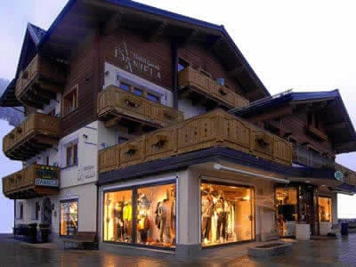 Verleihshop Zinermann Sporting, Livigno in Via Plan, 21H